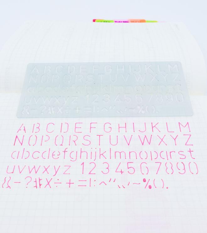 regle-traceur-lettre