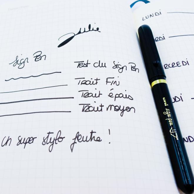 stylo-feutre-uni-sign-pen