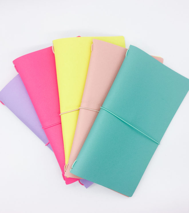 travelers-notebook-midori-fluo-1