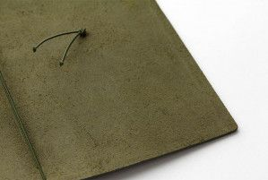 olive-travelersnotebook-cuir