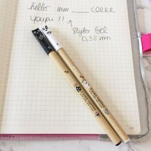 stylo gel noir kawaii