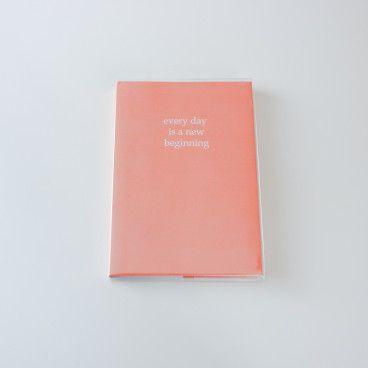 Agenda journalier A5. Planner perpétuel. Un jour sur une page.