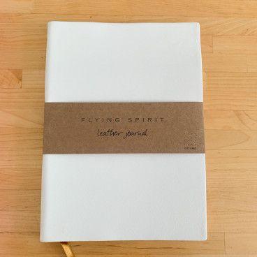 carnet bullet journal cuir blanc